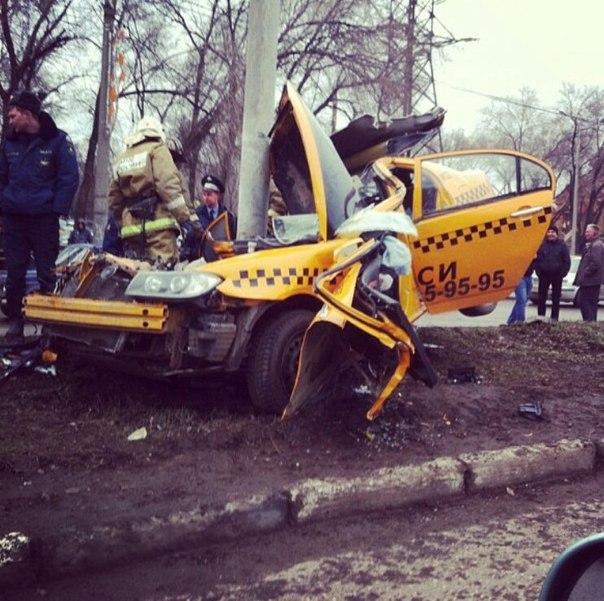 кирпич, брус фото разбитых машин таксистов люди путают