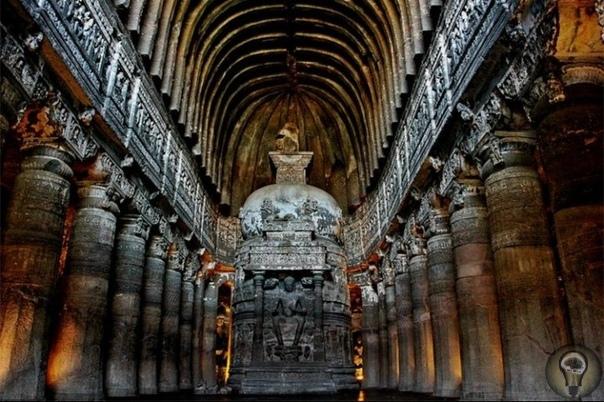 Индийские пещеры Аджанты, их загадки и проклятия. В центральной части Индии в штате Махараштра находится уникальный пещерный комплекс. Он состоит из 29 пещер, большинство из которых были
