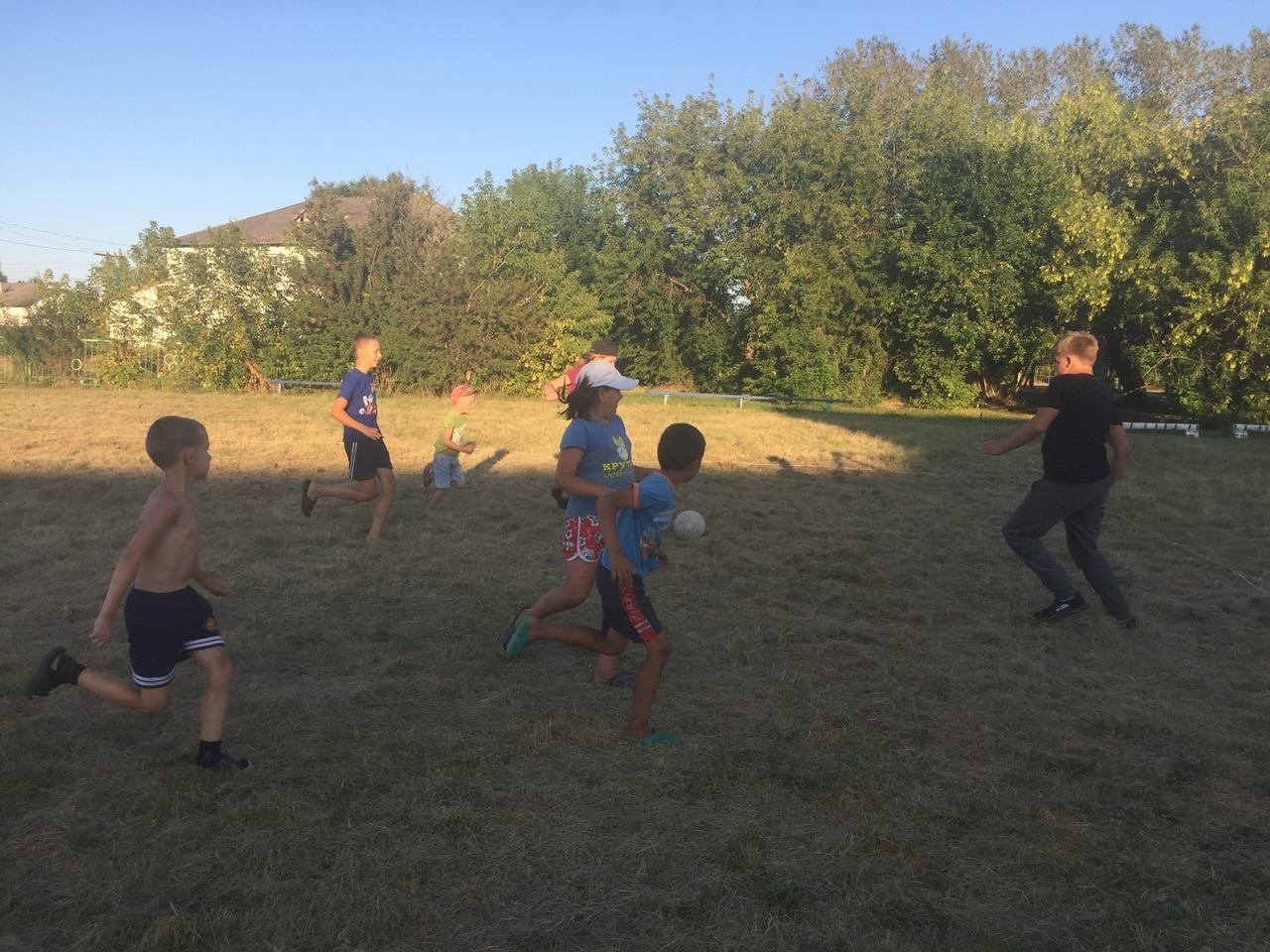 6 августа на дворовых площадках Слободчиковского, Юрминского, Срочкинского сельских поселений прошли спортивно-массовые мероприятия посвящённые Дню Физкультурника.