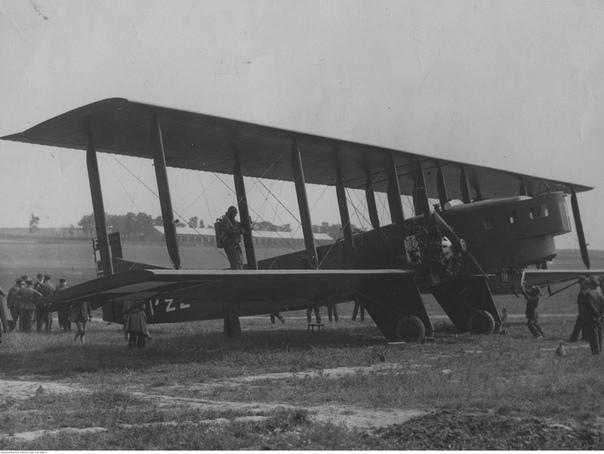 2 августа 1930 года считается в нашей стране датой рождения Воздушно-Десантных Войск В этот день, т.е. ровно 90 лет тому назад, во время опытно-показательных учений ВВС Московского военного