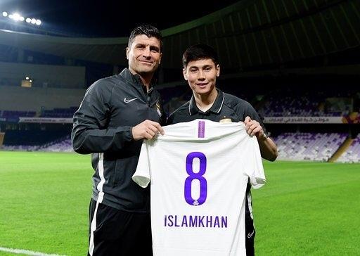 Исламхан провел первую тренировку в новом клубе