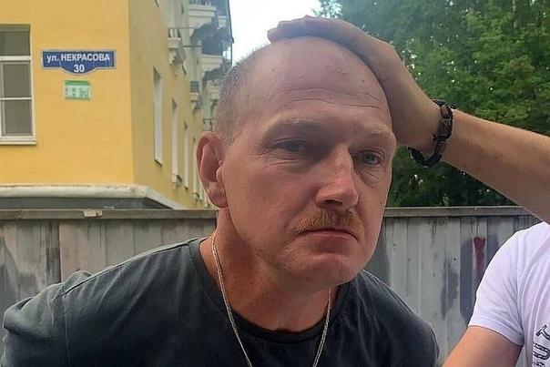 Задержанный каширский маньяк Андрей Ежов вскоре начал давать признательные показания Во время допроса он сознался, что удовлетворение ему приносит только секс с мертвым телом, поэтому всех жертв