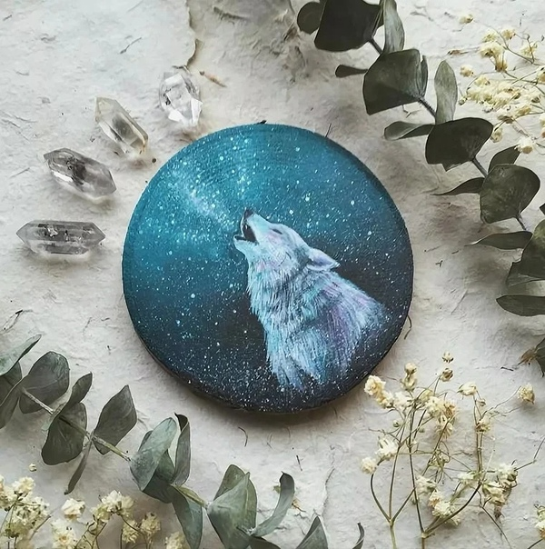 Кимера Вачна. Она создает очень необычные картины, которые могут внести ноты уюта даже в ультрасовременный минималистический интерьер.С чего все начиналось Прежде всего, с любви к природе.