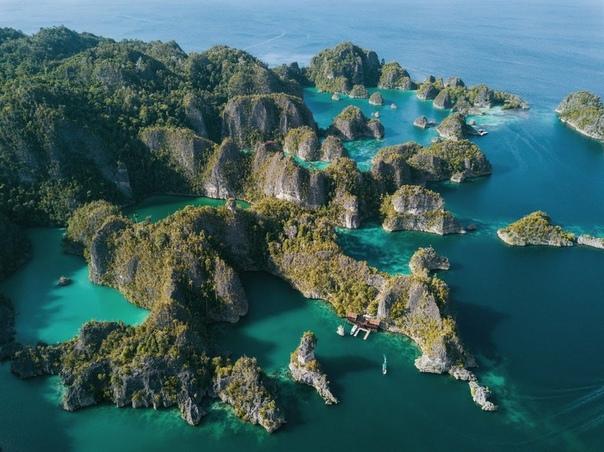 Острова Раджа-Ампат, Индонезия.